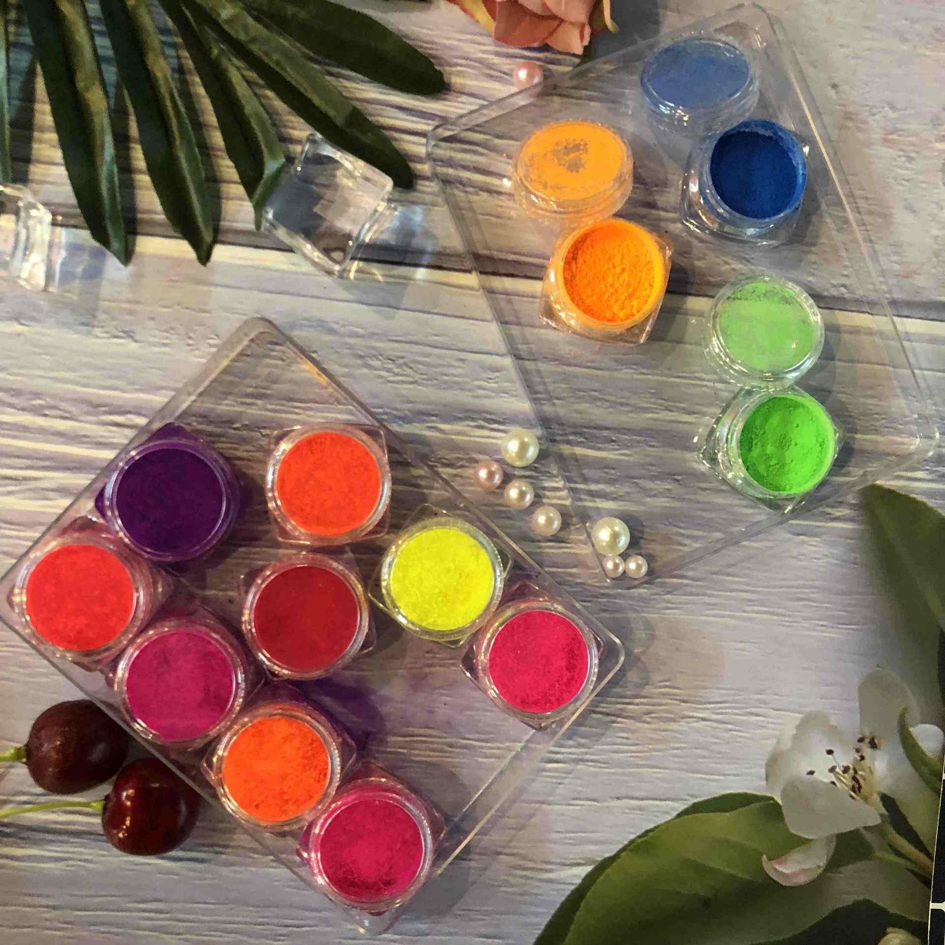 Loose powder high pigmented eye shadow neon eyeshadow palette set