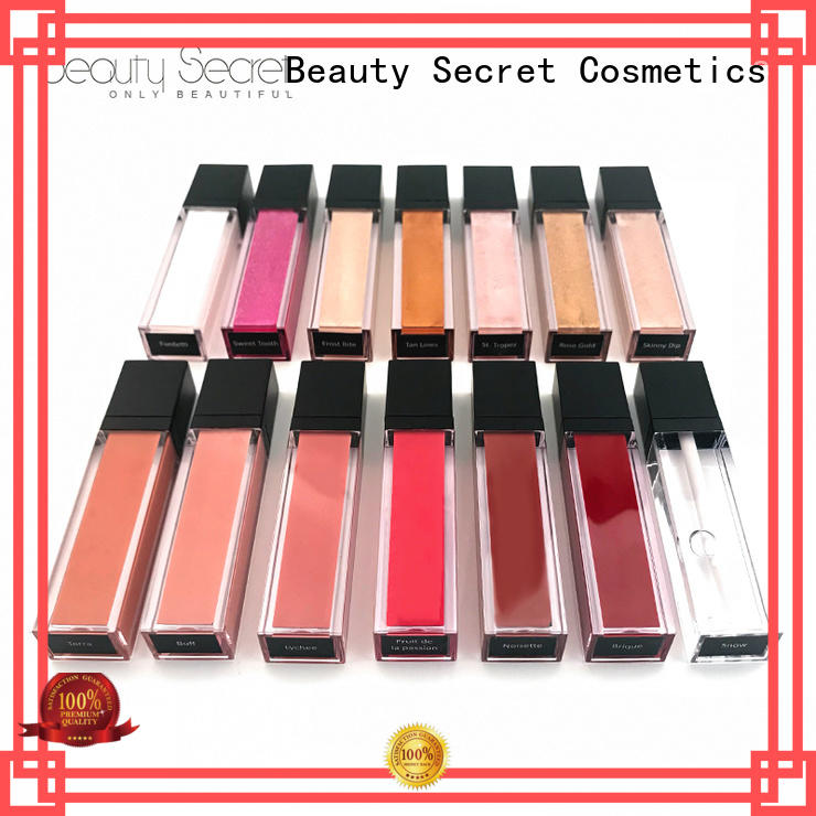 glossy lip gloss shimmer with your own logo wholesale